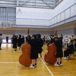 終業式(吹奏楽部による校歌演奏)